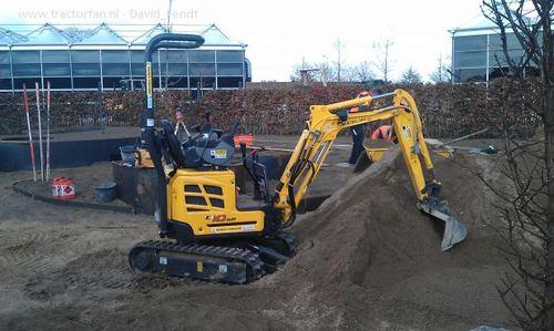 Product picture New Holland E10SR Mini Crawler Excavator Service Repair Manual Download